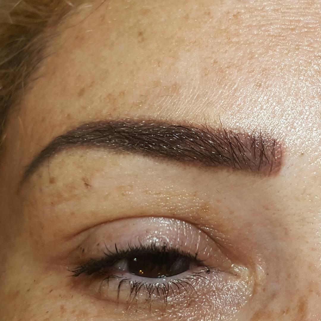 איפור קבוע גבות - הצללת פודרה