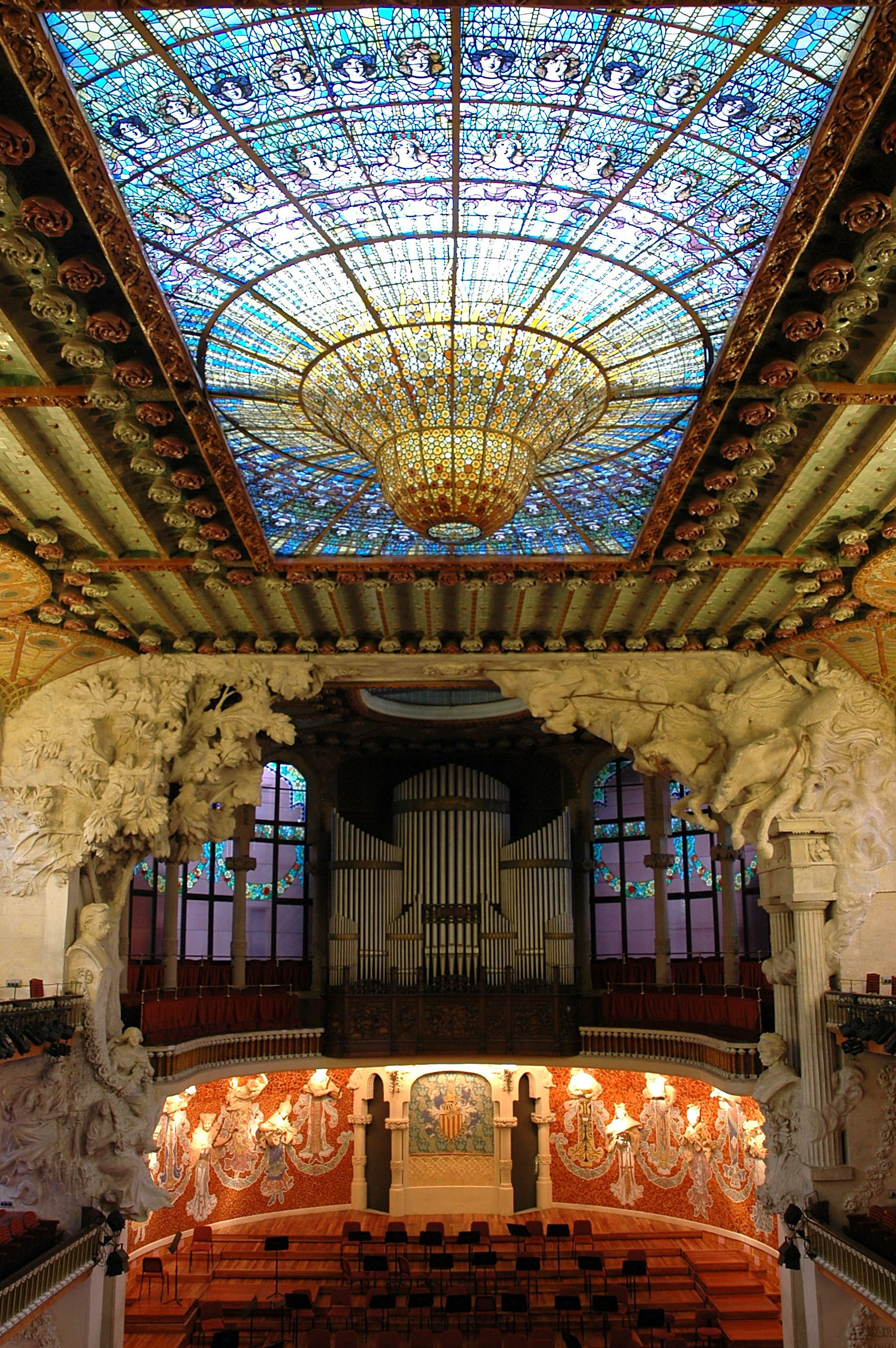Palau_de_la_Música_-_Interior_general.JP