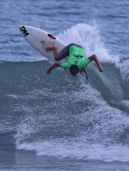 Estadual de Categorias de Base é finalizado com disputas acirradas e altas ondas em Camburi