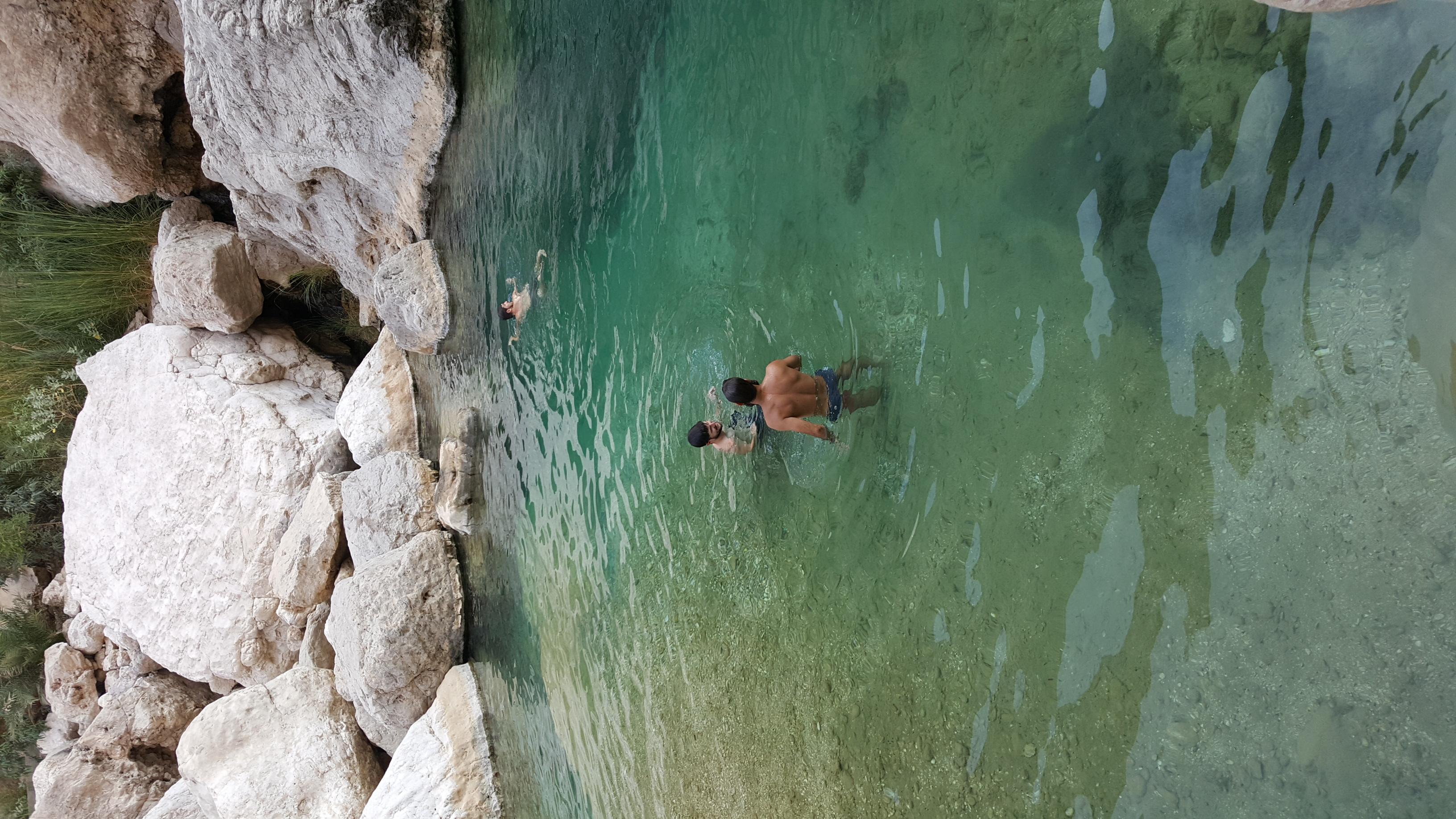 Tag 6 - Sur, Wadi Tiwi - Campen Wadi Tiwi (21)