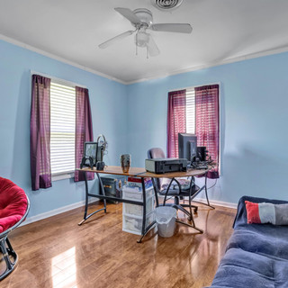 17-Bedroom_Office.jpg
