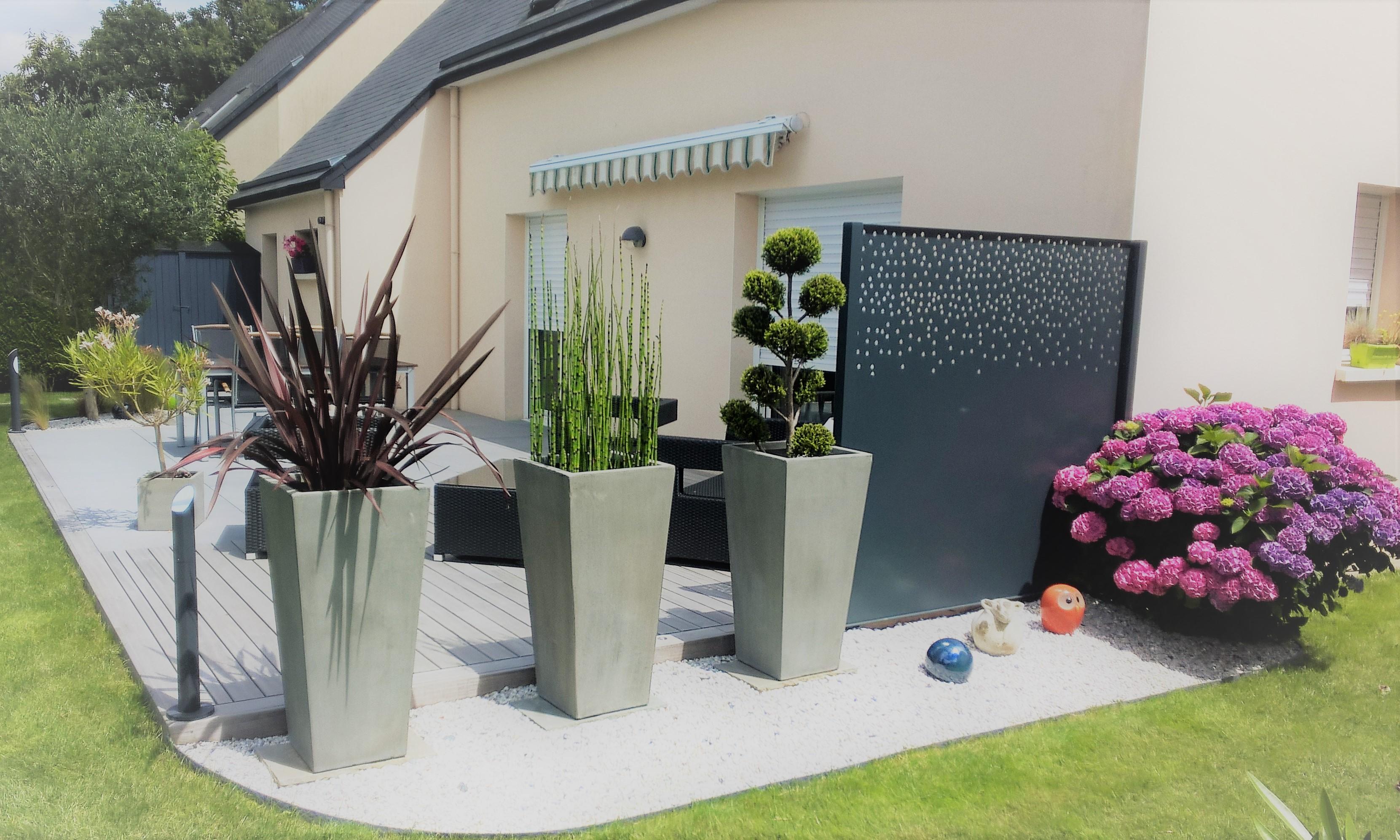 Claustra décoratif et plantations