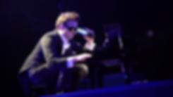 Damien Jarry, Damien J. Jarry, Damien J Jarry, violoncelle rock, rock cello, Queen Concerto, Queen Tribute, Hommage Queen, graphisme, mise en scène films, opéras et spectacles musicaux
