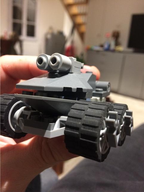 2020 / Monster Car Lego