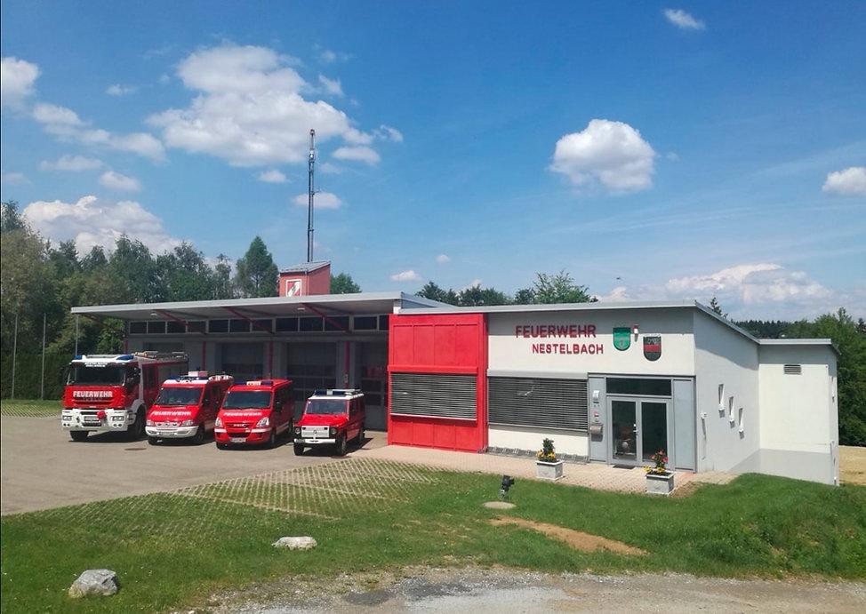 Rüsthaus+Fahrzeuge.jpg
