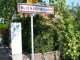 Hotel-Winzenberg-entrée-du-village
