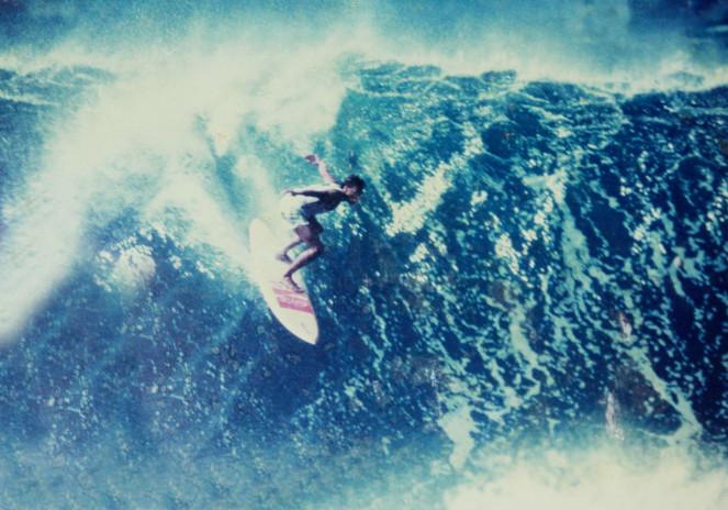 Lpe-competindo-no-Pipeline-Master.-Hawai
