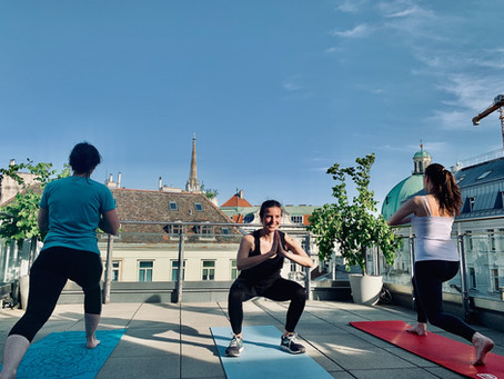 Stressfrei durch Yoga & Training