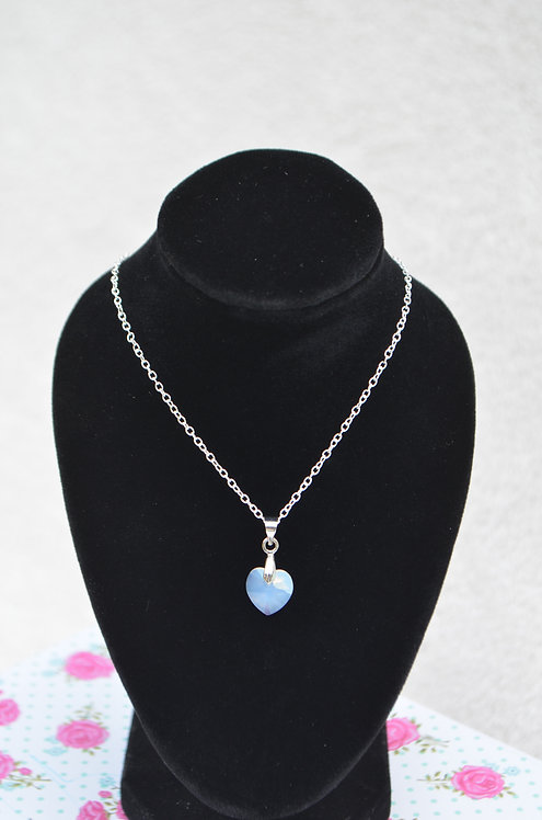 SW50 White Opal Crystal Heart Necklace,10mm