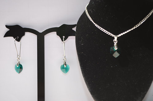 Emerald 10mm Heart Necklace & Earring Set