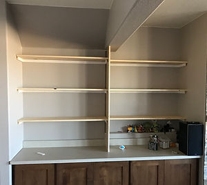 HandySmith LLC buit in shelves