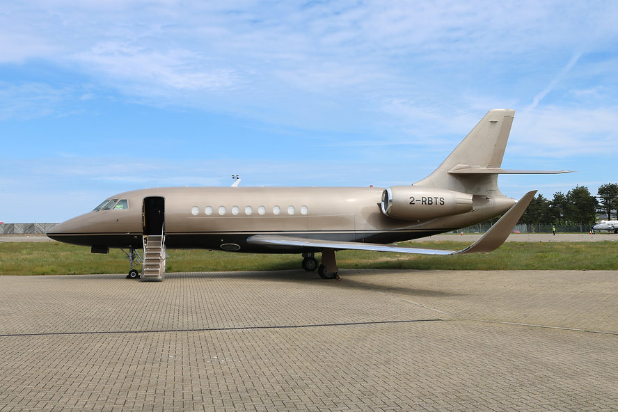 Falcon LX2000 - Exterior