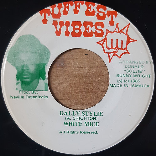 White Mice -- Dally Stylie