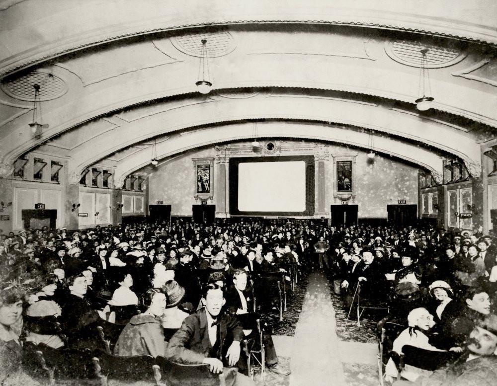 palladium-cinema-mile-end-1913.jpg