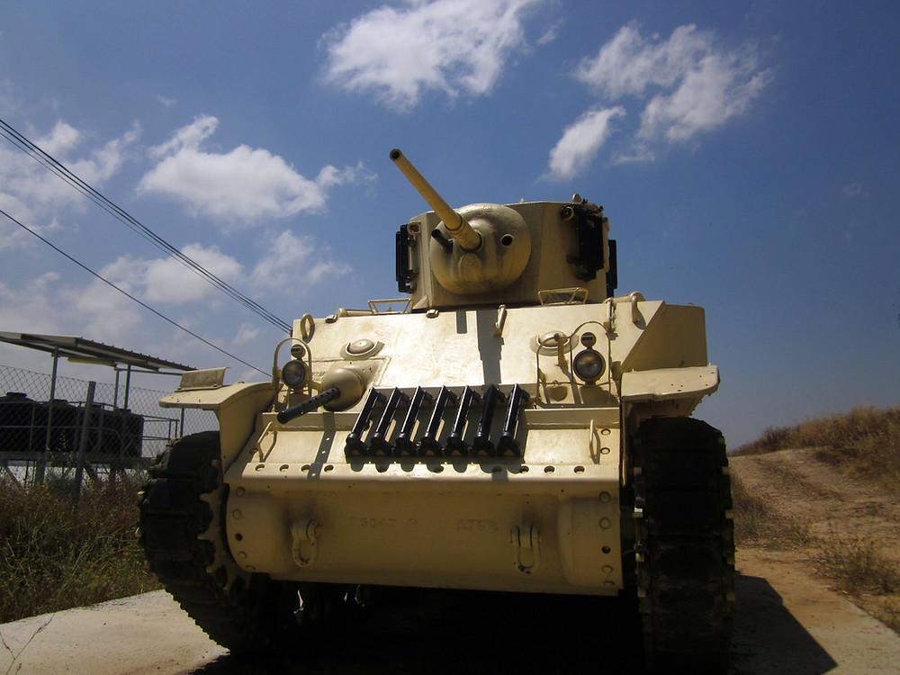 שחזור של הטנק ממלחמת השחרור. הטנק המקורי נגנב.