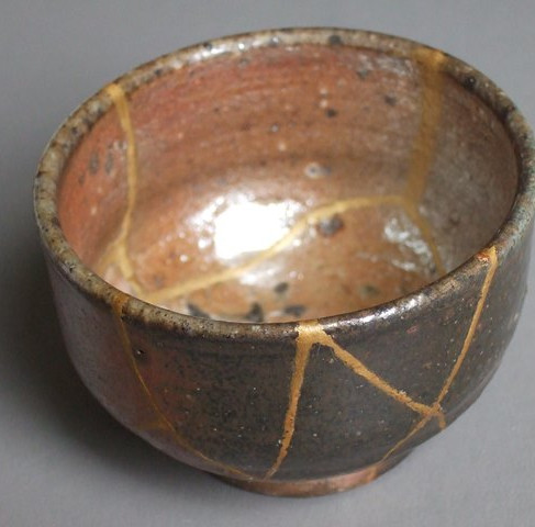 kintsugi אמנות השברים היפנית