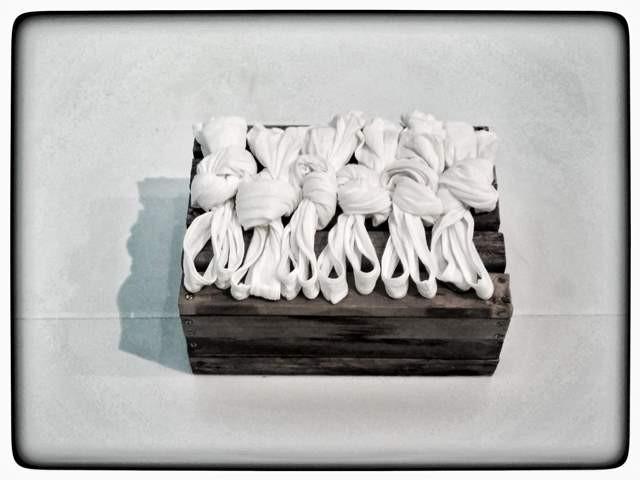 """חלק משחזור של מייצג """"עבודה על גג"""" צילום: תמר גרינברג"""