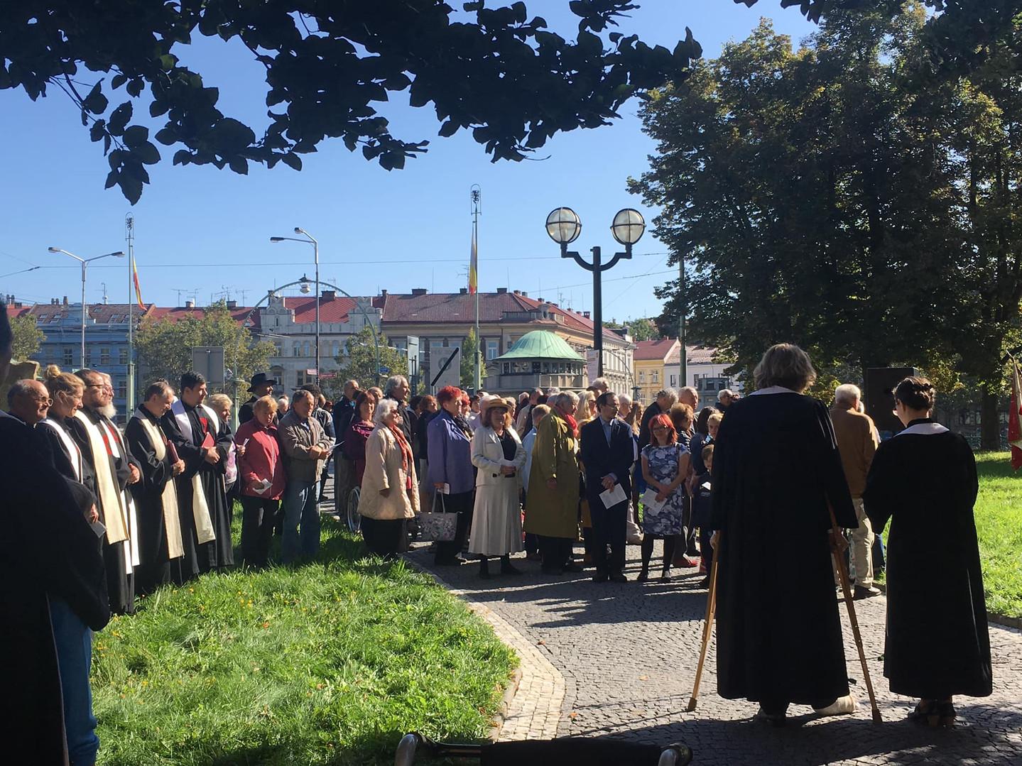 Zahájení Dicézního dne na náměstí Svobody