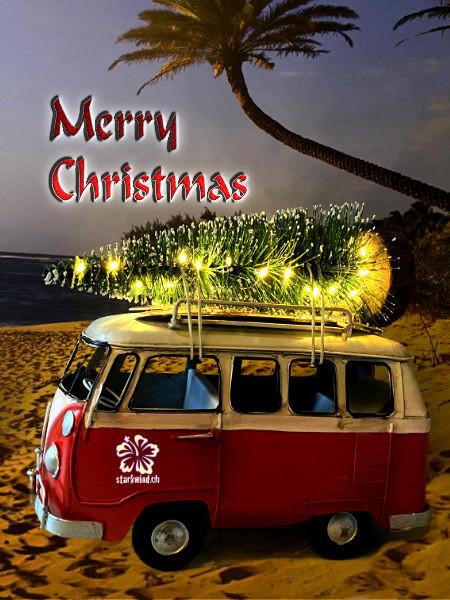 Der Starkwind Surfbus mit Weihnachtsbaum am North Shore von Oahu