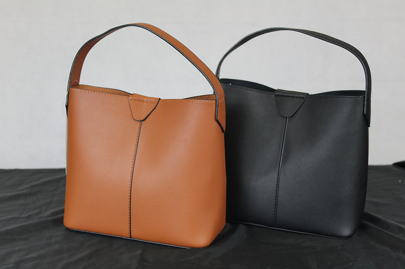 Petit sac uni Noir ou Taupe