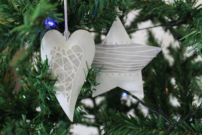 Suspension étoile ou coeur métal 10cm