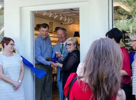 "City's New ""Permitting Express"" Program Helps Ivanhoe Eyeglass Shop"