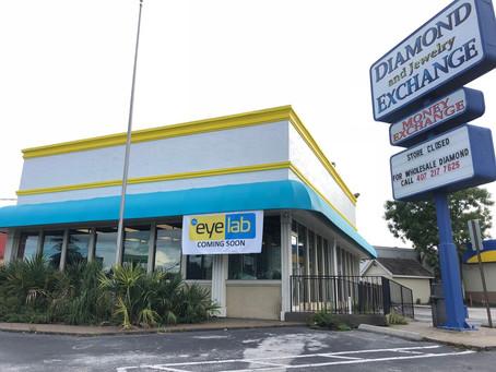 Eyelab Coming to Busy Fashion Square Mall Area Corner
