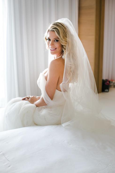 Vera Wang Wedding Dress in Miami