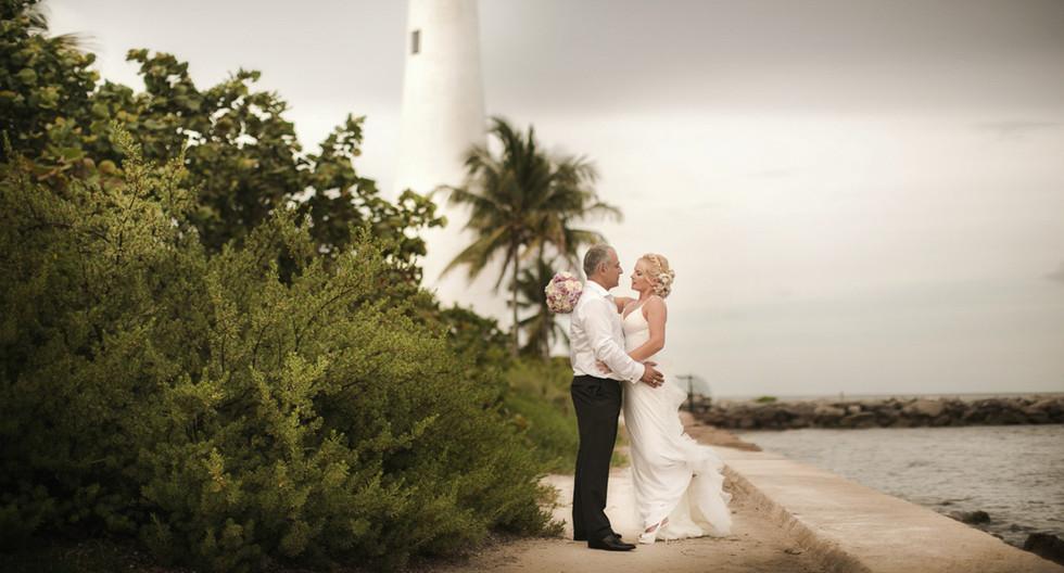 Wedding photography in Crandon Park