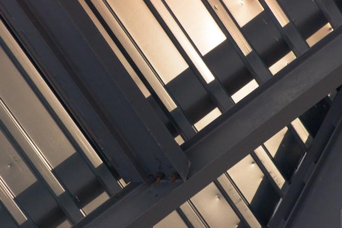 Light on Steel Structure