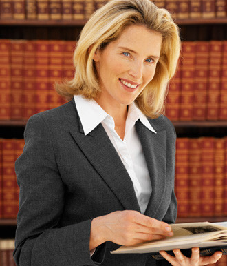 FIND A TRUSTWORTHY REAL ESTATE ATTORNEY FOR YOUR WEALTH TEAM