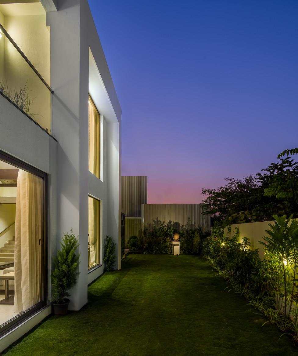 villa low resolution-29.jpg