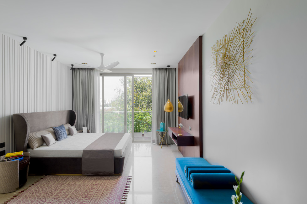 villa low resolution-4.jpg