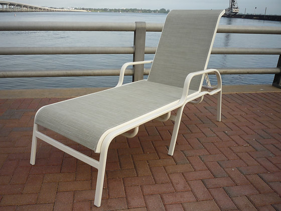 Island Breeze Sling Chaise with Arms