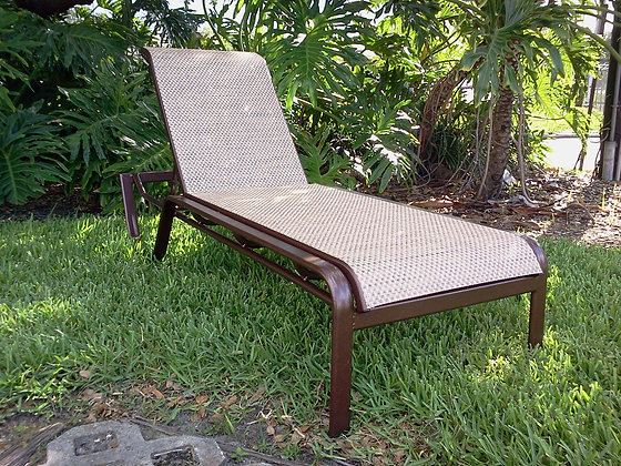 Eclipse Sling Chaise Lounge