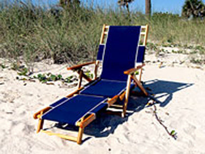 Adjustable Wood Beach Chair (with footrest)