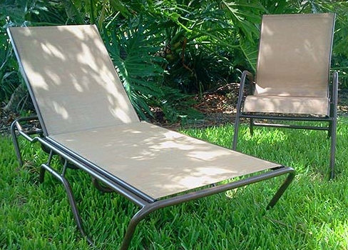 Classic Sling Chaise