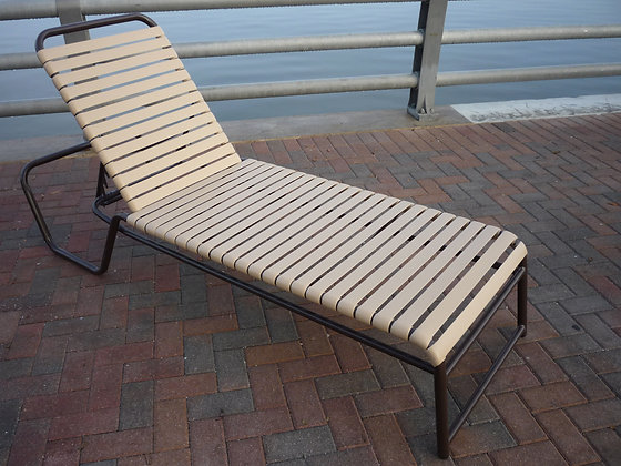 Kingfisher Strap Chaise