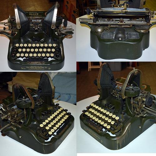 """Oliver Printype """"Batwing"""" antique typewriter"""