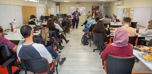 Azrieli_College_opening_day_3_1_hlr73b.j