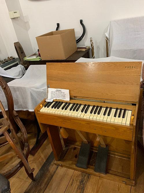 Vintage portable organ