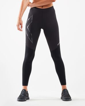 Athlete wearing 2XU Wind Defence Compression tights.
