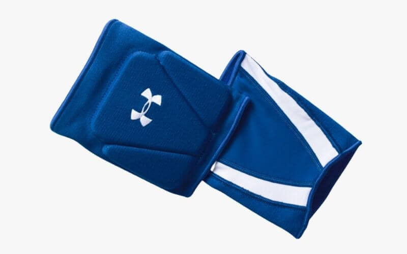 Under Armour Strive 2.0 Volleyball Knee Pads in blue.