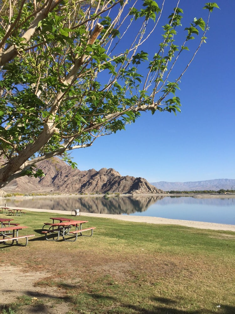 Lakefront picnic areas