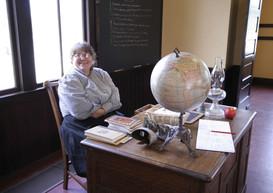 Profesores desk.jpg