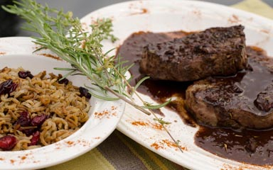 Hunter Gatherer Game Dinners - Seared Venison with Red Wine Chocolate Sauce