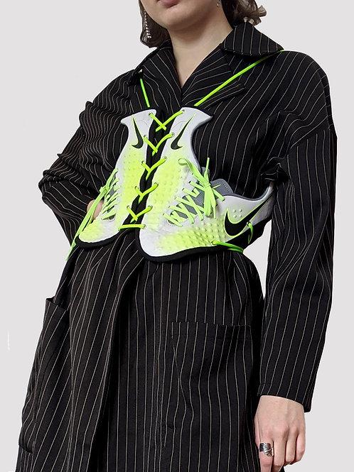 grey/green sneaker corsage