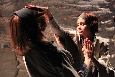 documental sobre dos actrices invidentes montando La s Visiones de Hildegard. Dirección Monika Rühle. 37 min. 2012