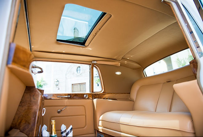 Phantom V, Rolls-Royce 3.PNG