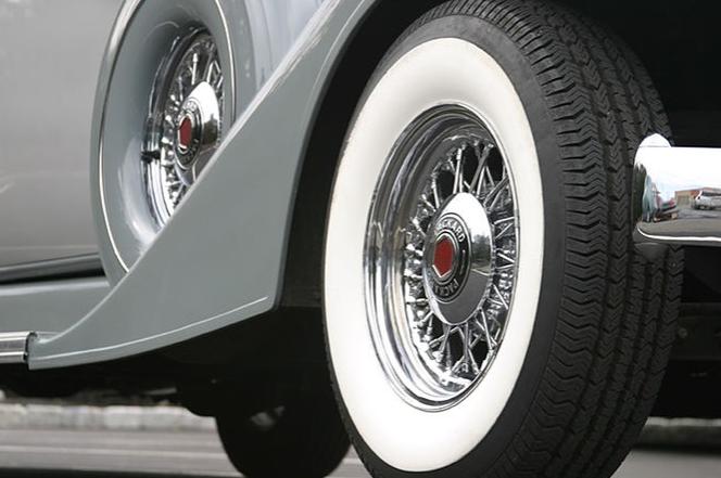 1933 Packard Presidential 7.PNG